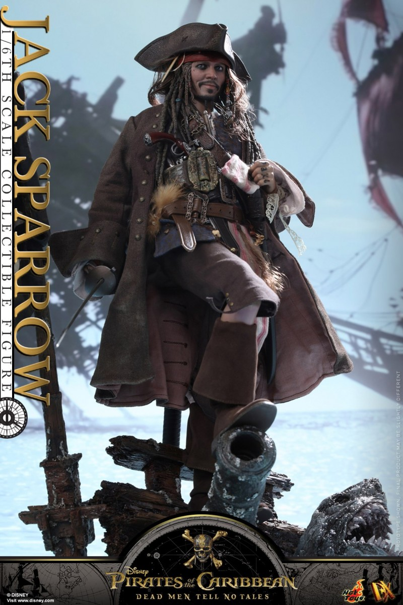 Hot-Toys---POTC5---Jack-Sparrow-collectible-figure_PR04.jpg