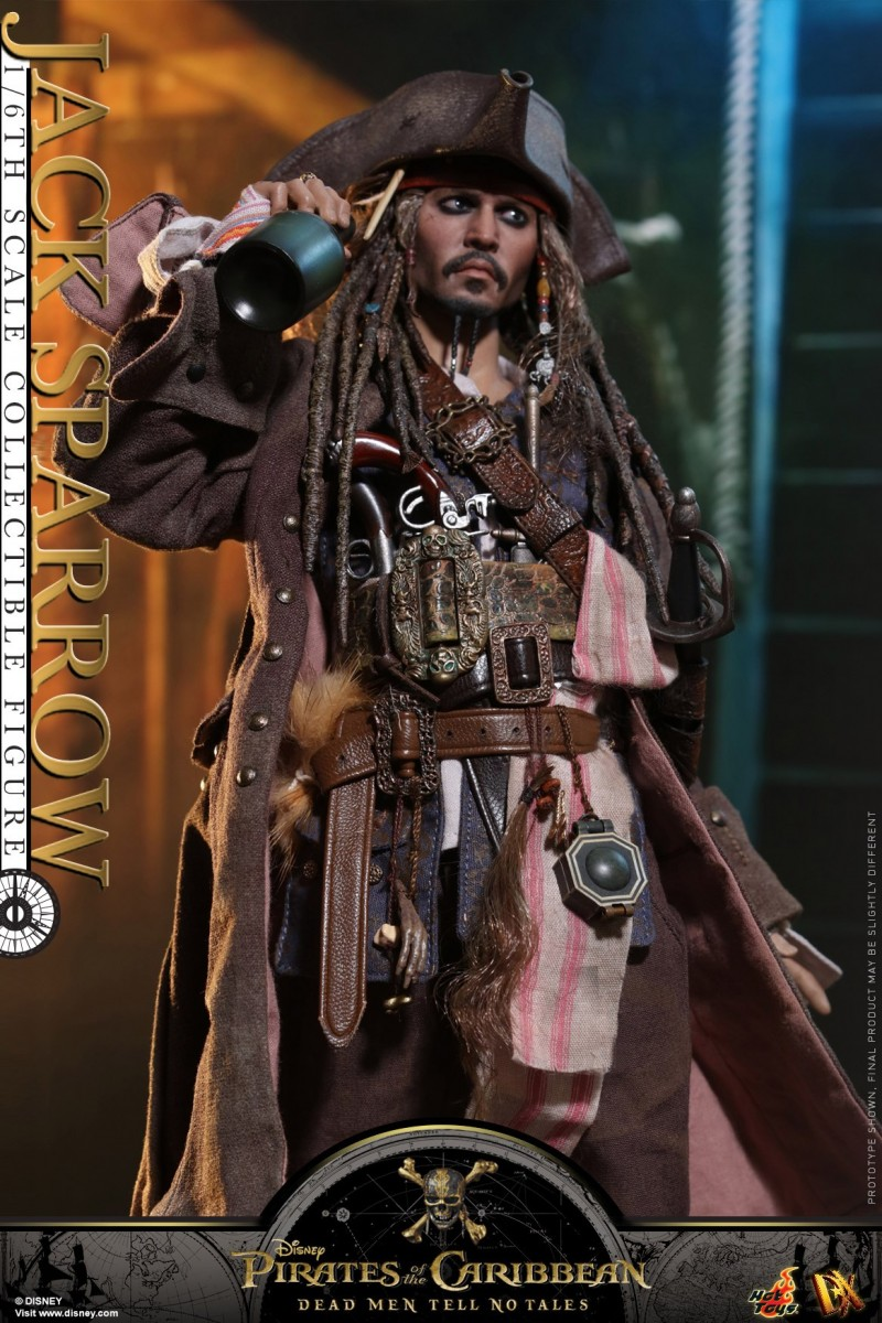 Hot-Toys---POTC5---Jack-Sparrow-collectible-figure_PR11.jpg