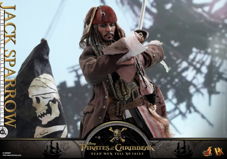 Hot-Toys---POTC5---Jack-Sparrow-collectible-figure_PR15.jpg