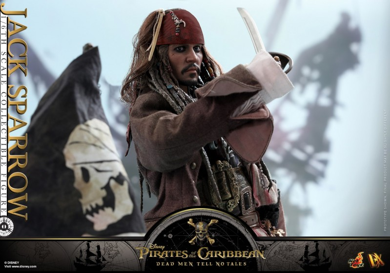 Hot-Toys---POTC5---Jack-Sparrow-collectible-figure_PR16.jpg