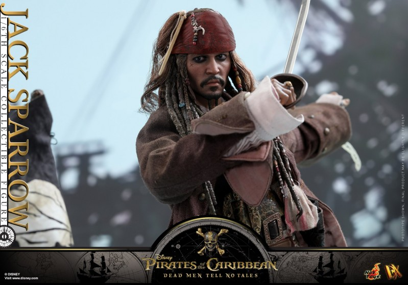 Hot-Toys---POTC5---Jack-Sparrow-collectible-figure_PR17.jpg