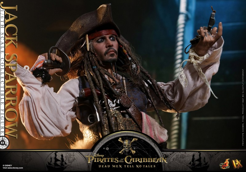 Hot-Toys---POTC5---Jack-Sparrow-collectible-figure_PR21.jpg