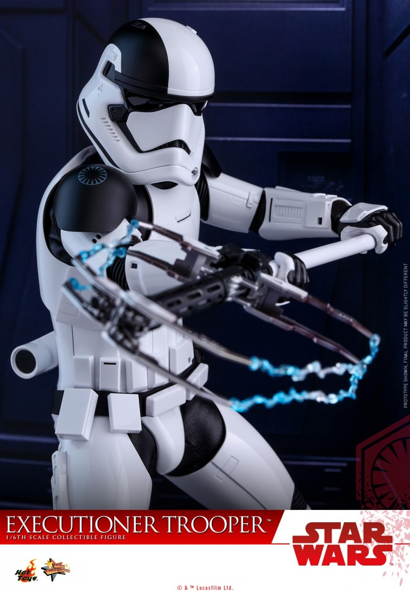 Hot Toys - SWTLJ - Executioner Trooper Collectible Figure_PR04.jpg
