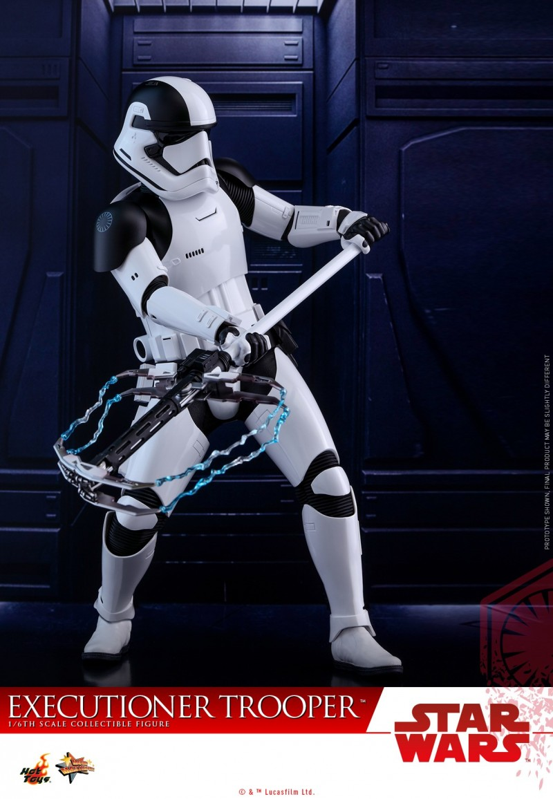 Hot Toys - SWTLJ - Executioner Trooper Collectible Figure_PR03.jpg