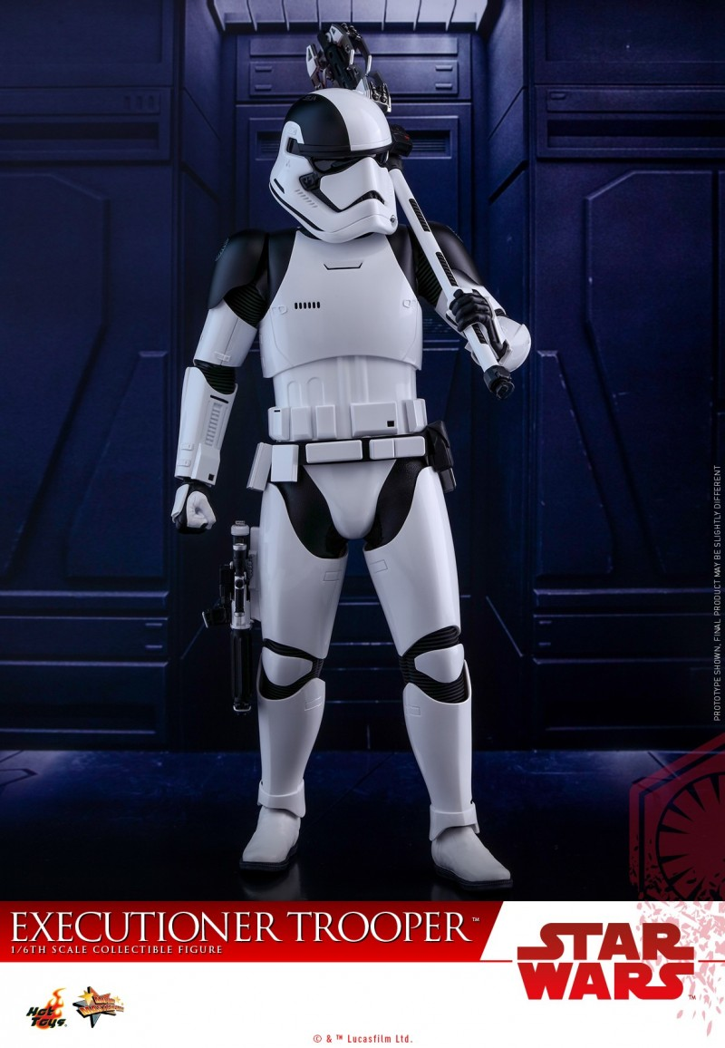 Hot Toys - SWTLJ - Executioner Trooper Collectible Figure_PR06.jpg