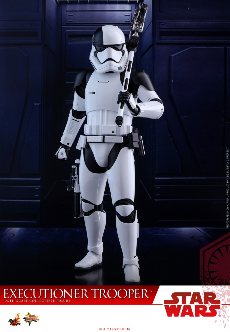 Hot Toys - SWTLJ - Executioner Trooper Collectible Figure_PR05.jpg