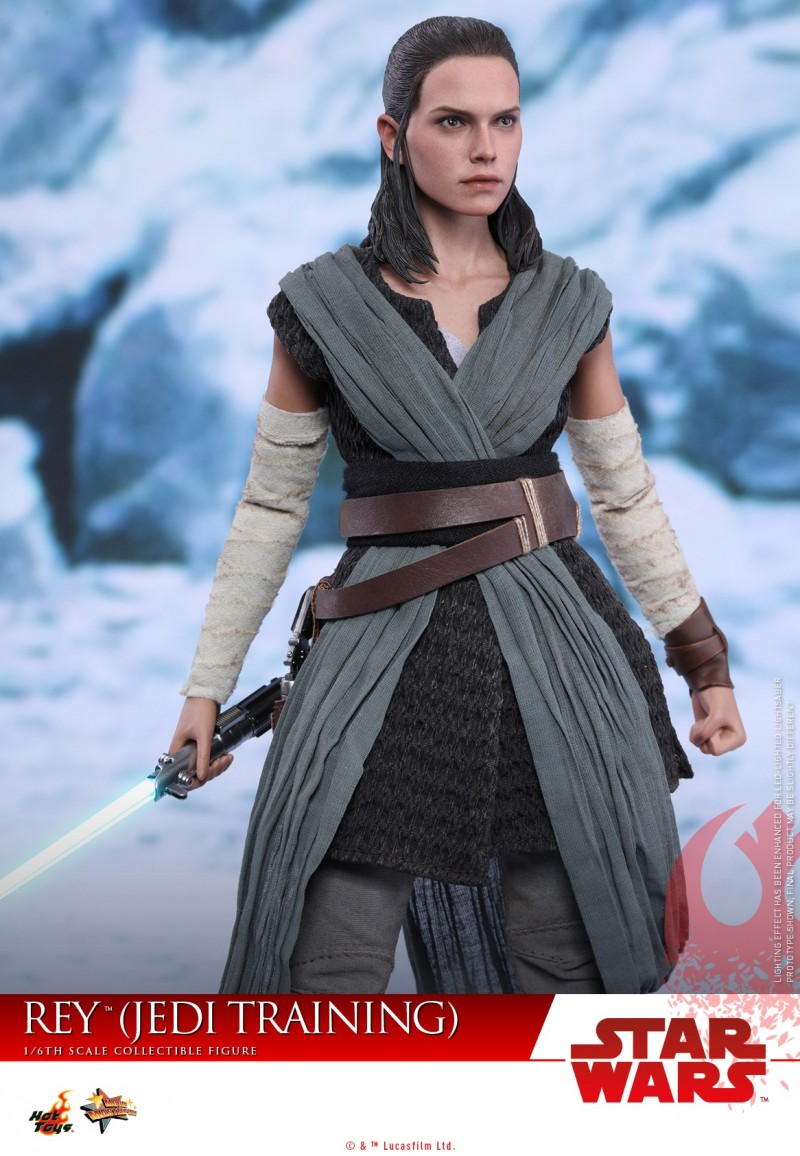 Hot Toys - SWTLJ - Rey (Jedi Training) collectible figure_PR06.jpg