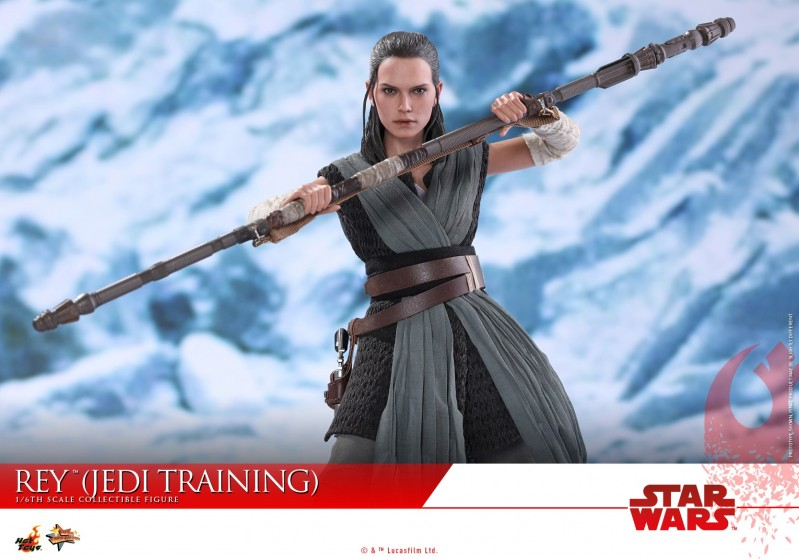Hot Toys - SWTLJ - Rey (Jedi Training) collectible figure_PR15.jpg