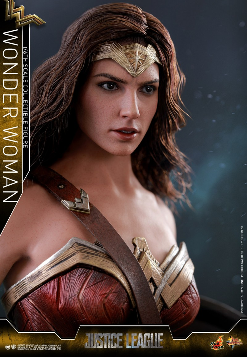 Hot-Toys-Justice-League-Wonder-Woman-collectible-figure_PR5.jpg