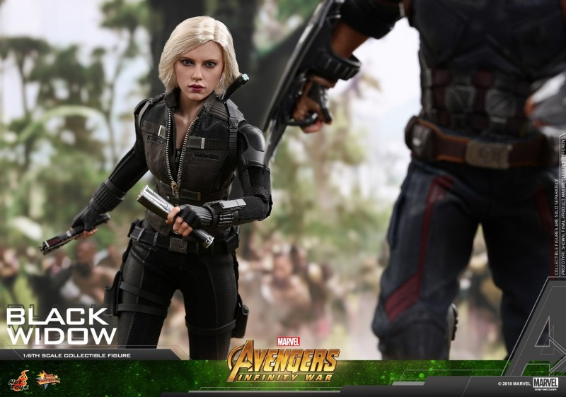 Hot Toys - AIW - Black Widow Collectible Figure_PR11.jpg