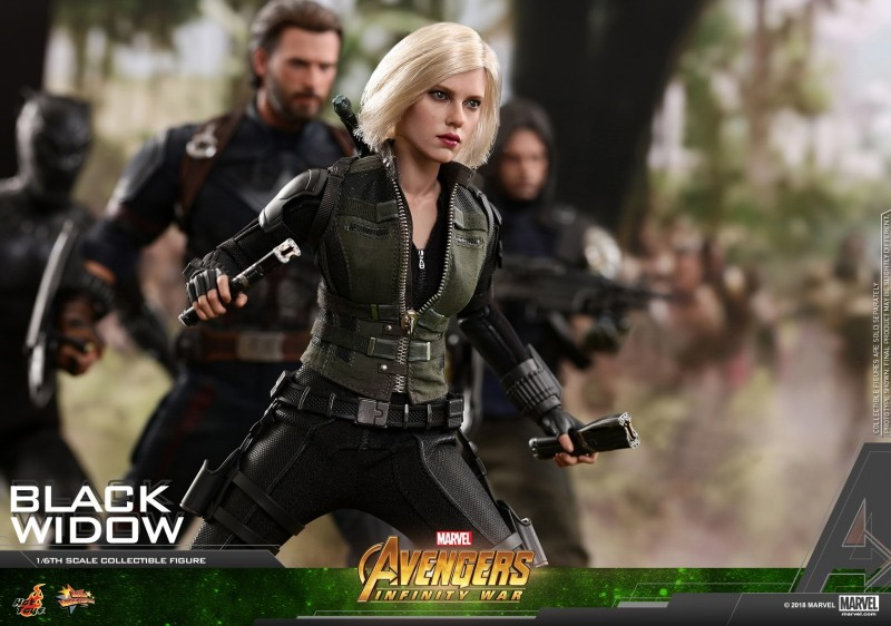 Hot Toys - AIW - Black Widow Collectible Figure_PR12.jpg