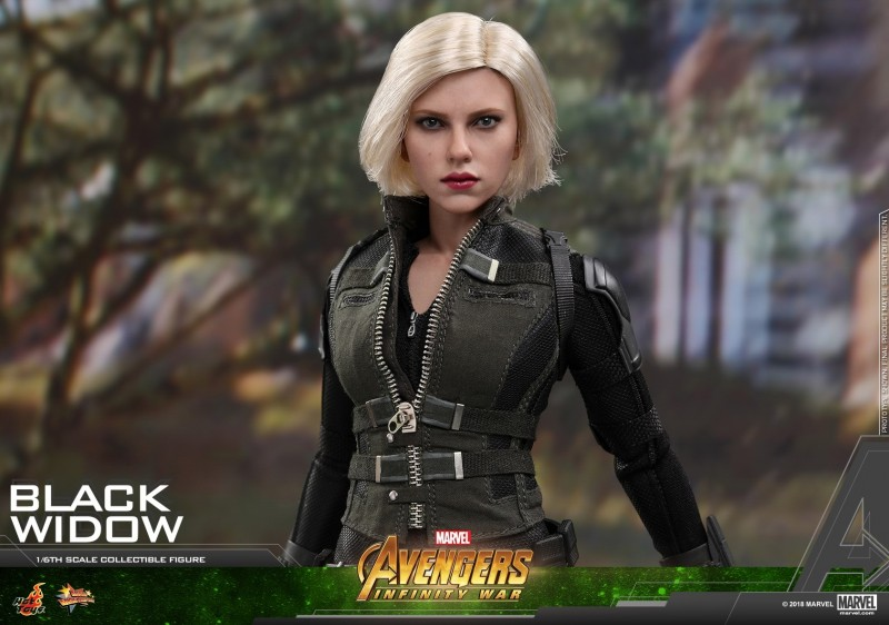 Hot Toys - AIW - Black Widow Collectible Figure_PR15.jpg