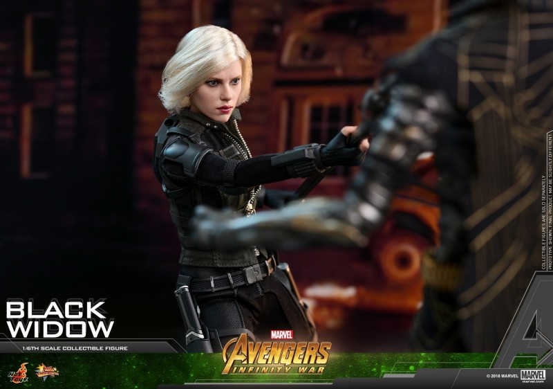 Hot Toys - AIW - Black Widow Collectible Figure_PR17.jpg