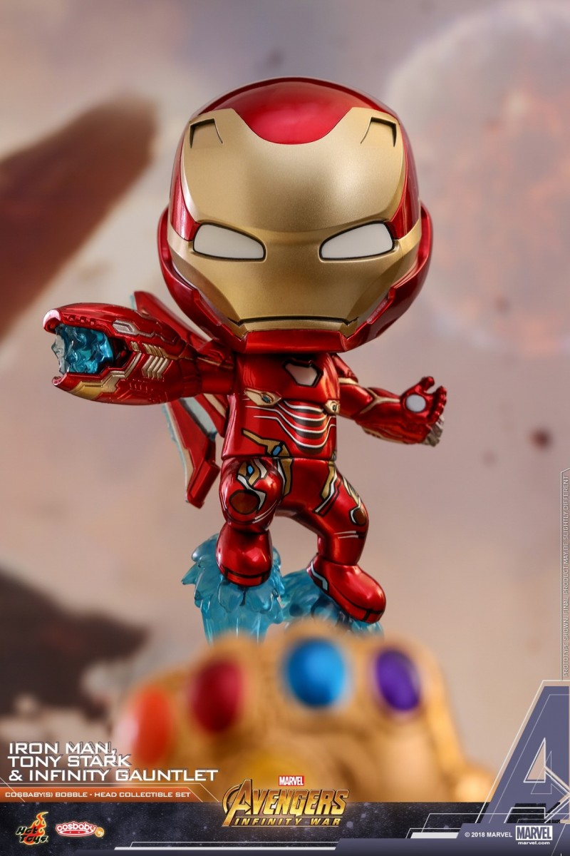 Hot Toys - AIW - Tony Stark, Iron Man, Infinity Gauntlet Cosbaby Set_PR7.jpg