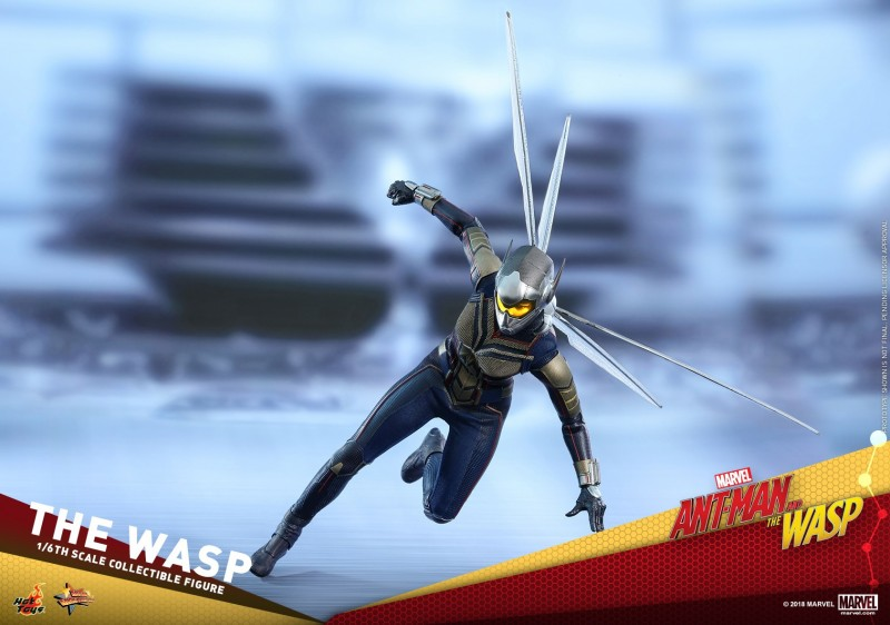 Hot-Toys-Ant-Man-and-The-Wasp-The-Wasp-Collectible-Figure_PR8.jpg