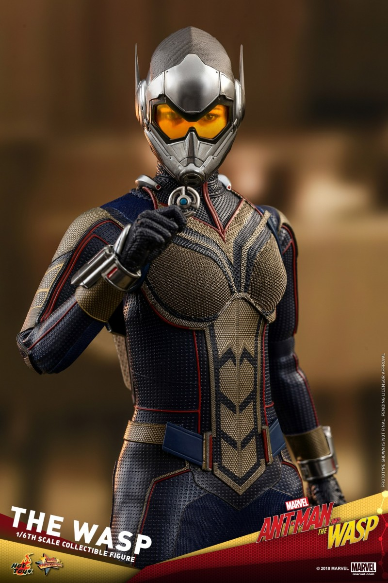 Hot-Toys-Ant-Man-and-The-Wasp-The-Wasp-Collectible-Figure_PR20.jpg