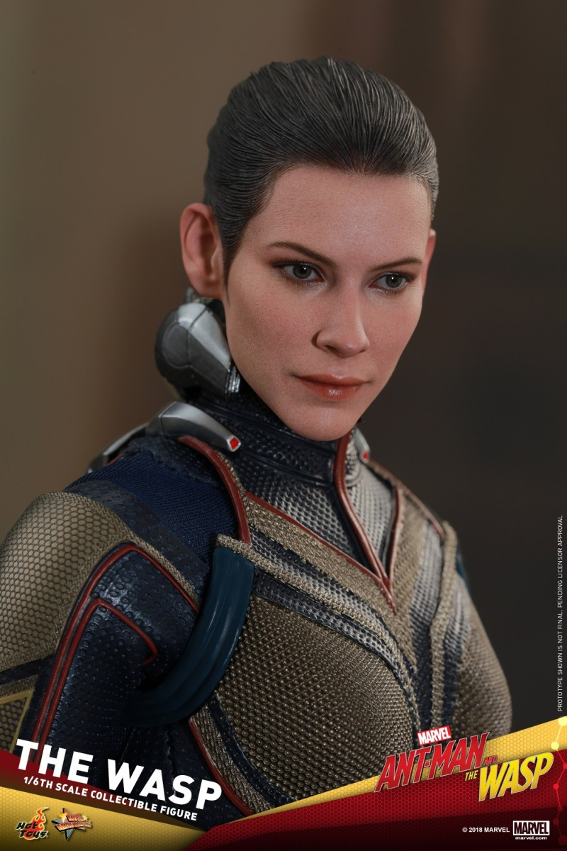 Hot-Toys-Ant-Man-and-The-Wasp-The-Wasp-Collectible-Figure_PR25.jpg