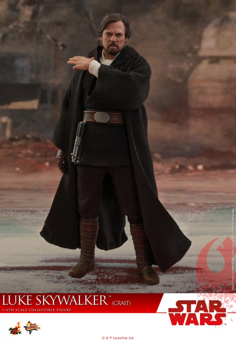 Hot Toys - SWTLJ - Luke Skywalker (Crait) collectible figure_PR5.jpg