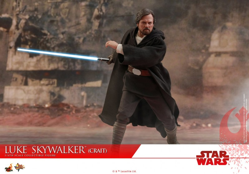 Hot Toys - SWTLJ - Luke Skywalker (Crait) collectible figure_PR14.jpg