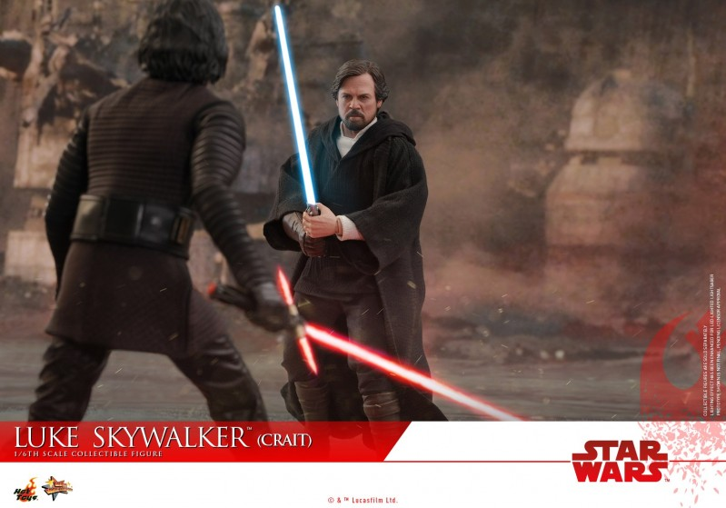 Hot Toys - SWTLJ - Luke Skywalker (Crait) collectible figure_PR17.jpg