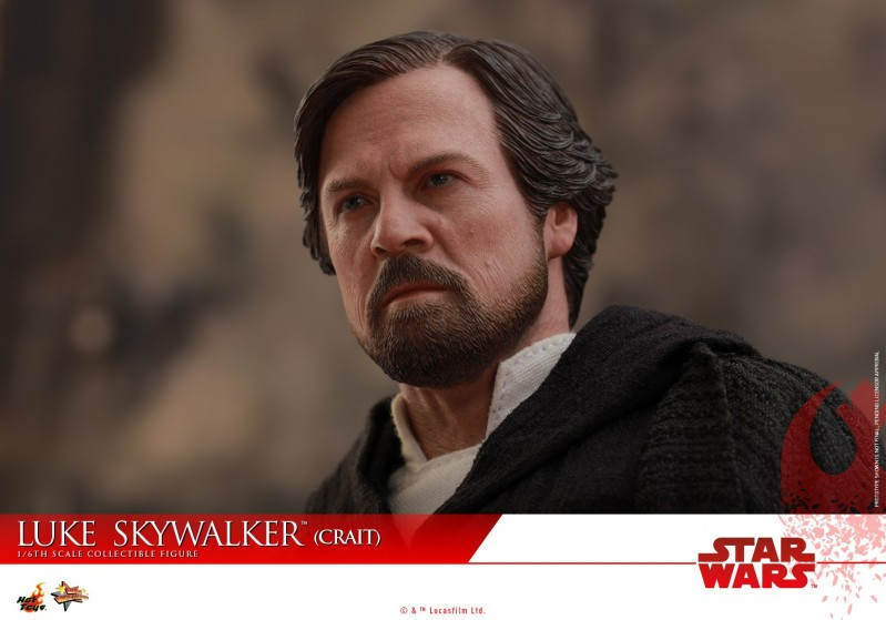 Hot Toys - SWTLJ - Luke Skywalker (Crait) collectible figure_PR21.jpg