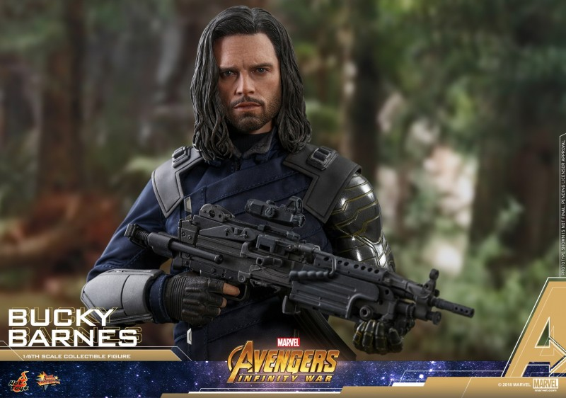 Hot-Toys-AIW-Bucky-Barnes-collectible-figure_PR15.jpg
