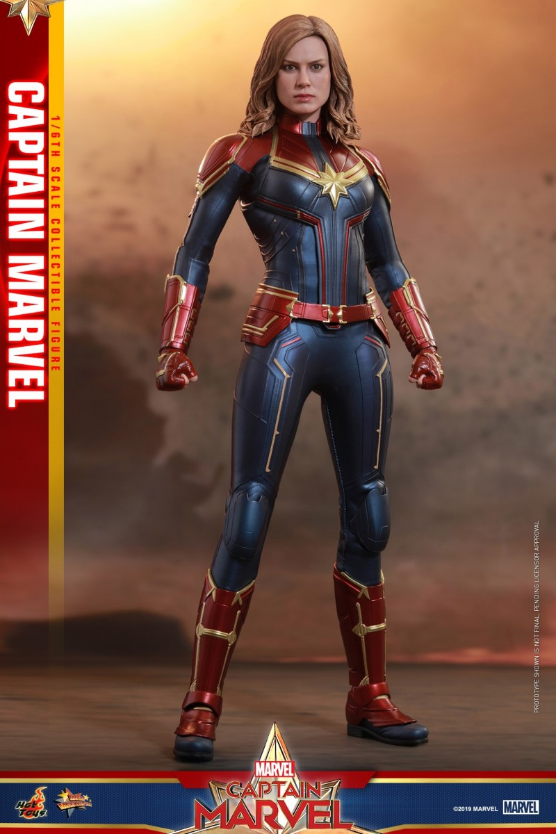 Hot Toys - Captain Marvel - Captain Marvel collectible figure_PR1.jpg