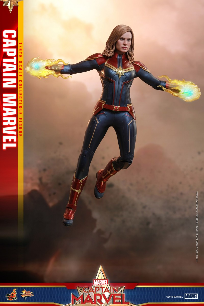 Hot Toys - Captain Marvel - Captain Marvel collectible figure_PR4.jpg