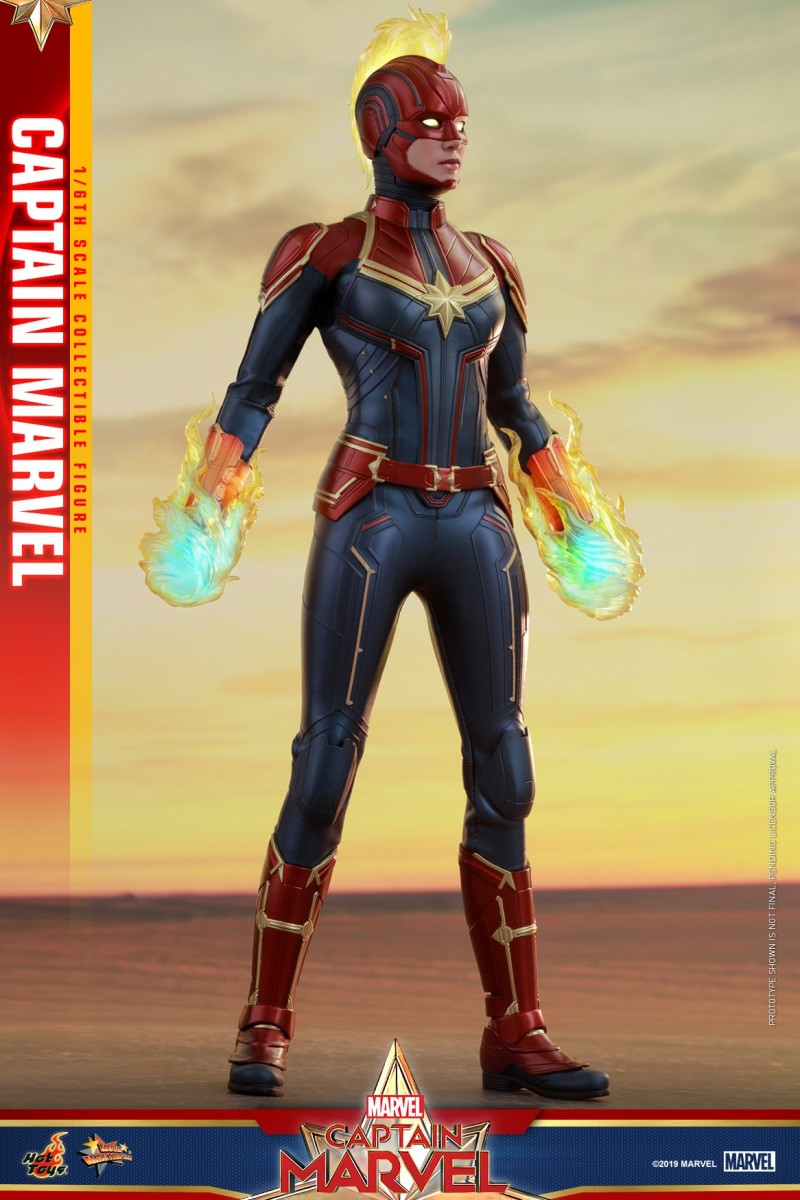Hot Toys - Captain Marvel - Captain Marvel collectible figure_PR6.jpg