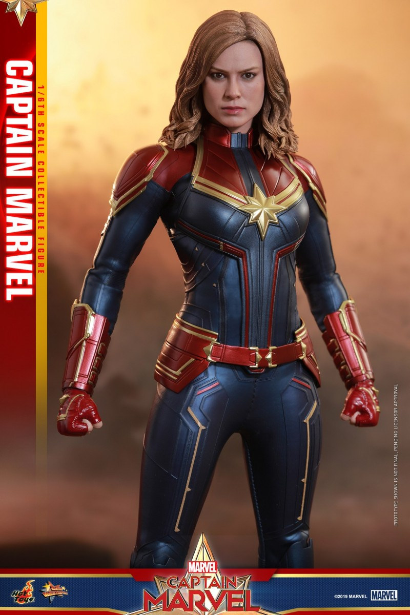 Hot Toys - Captain Marvel - Captain Marvel collectible figure_PR7.jpg