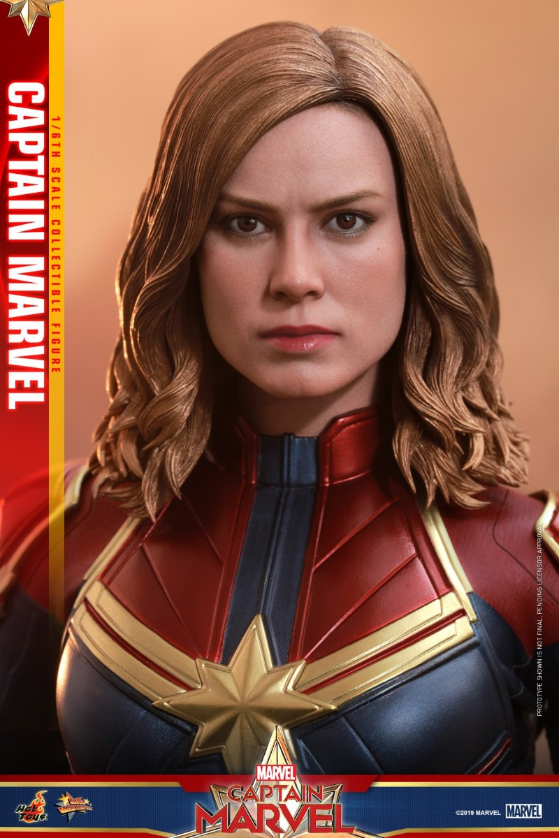 Hot Toys - Captain Marvel - Captain Marvel collectible figure_PR8.jpg