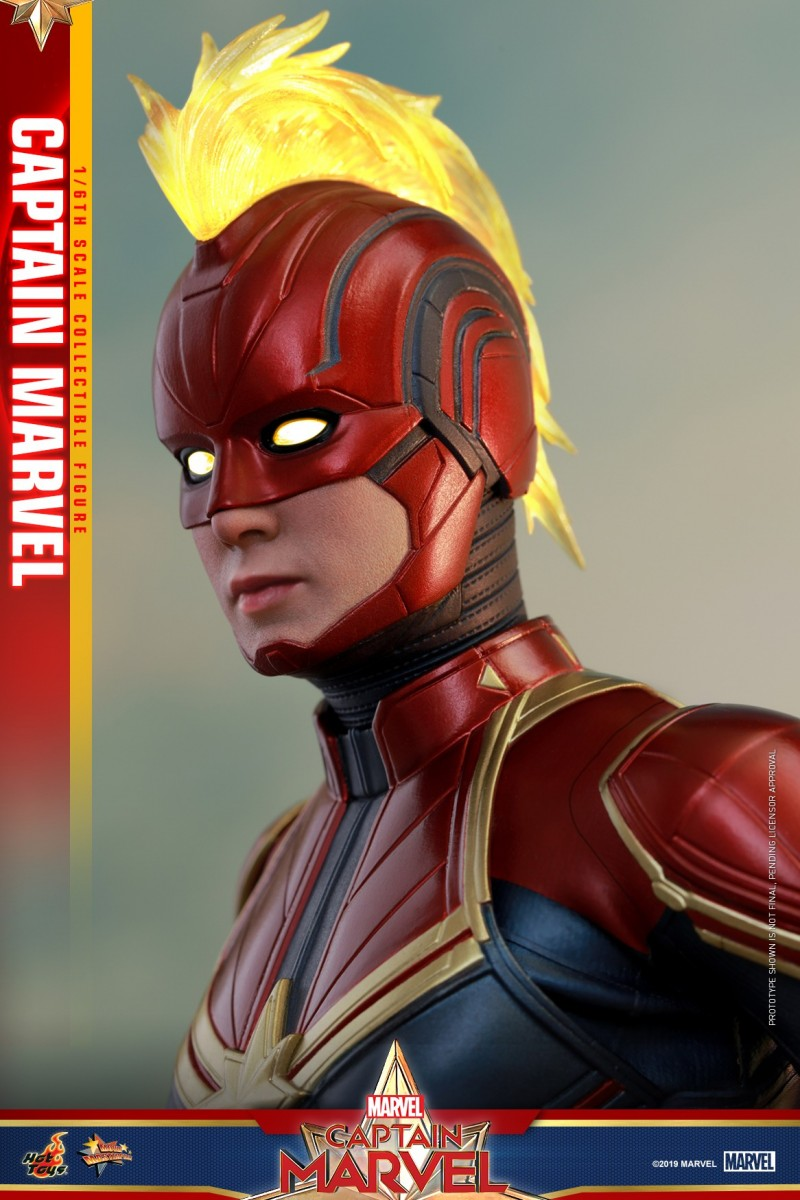 Hot Toys - Captain Marvel - Captain Marvel collectible figure_PR10.jpg