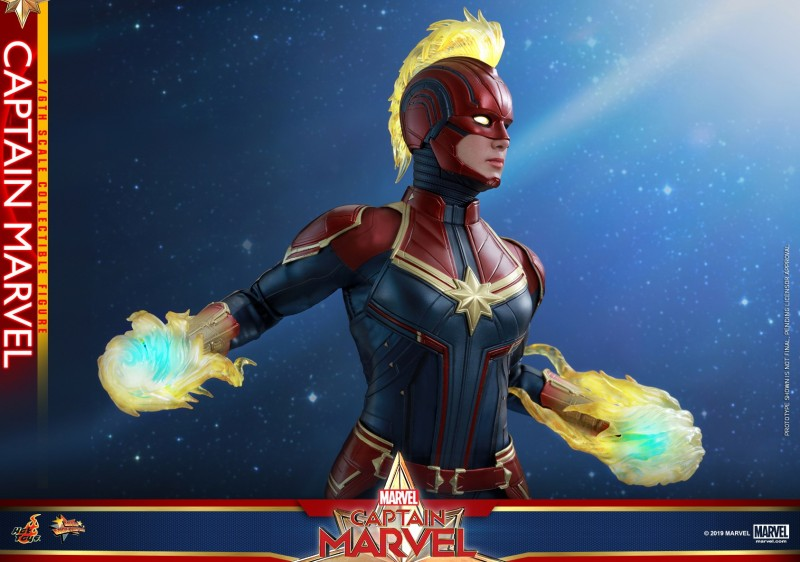 Hot Toys - Captain Marvel - Captain Marvel collectible figure_PR11.jpg